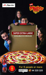 Super Extra-Large / Pizza Hut